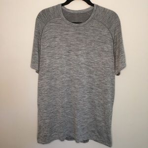 NWOT- Lululemon Metal Vent Tech Short Sleeve
